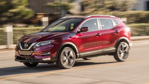 2020-Nissan-Rogue-in-Redlands-in-red