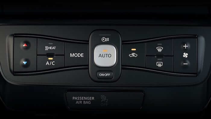 2019 Nissan Leaf Automatic Climate Control