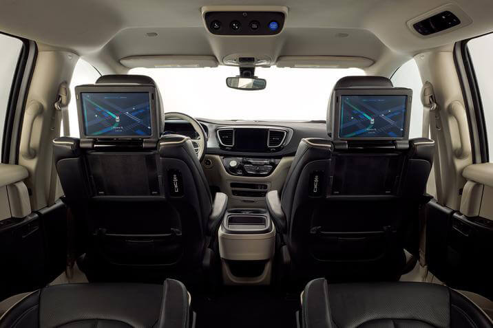 2019 Chrysler Pacifica Hybrid interior touch screens on seat backs