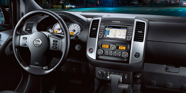 Technology and Safety Features of the 2017 Nissan Frontier Control Center