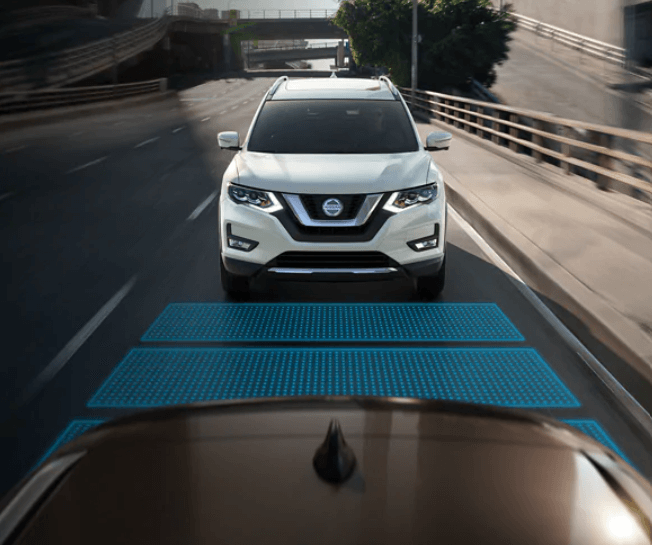 Available ProPILOT Assist in the new Nissan Rogue