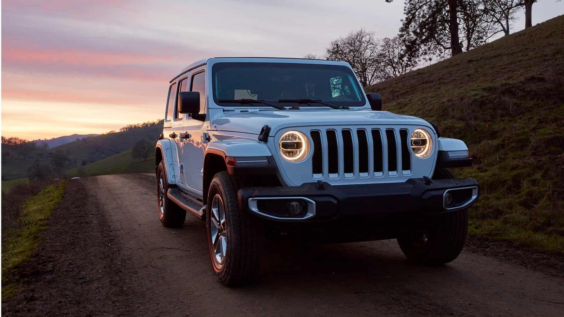 Buy a SUV Online 2020 Jeep Wrangler Near Anaheim CA