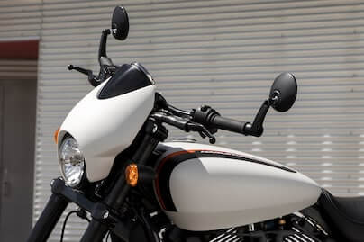 Drag-Style Bars with Bar-End Mirrors