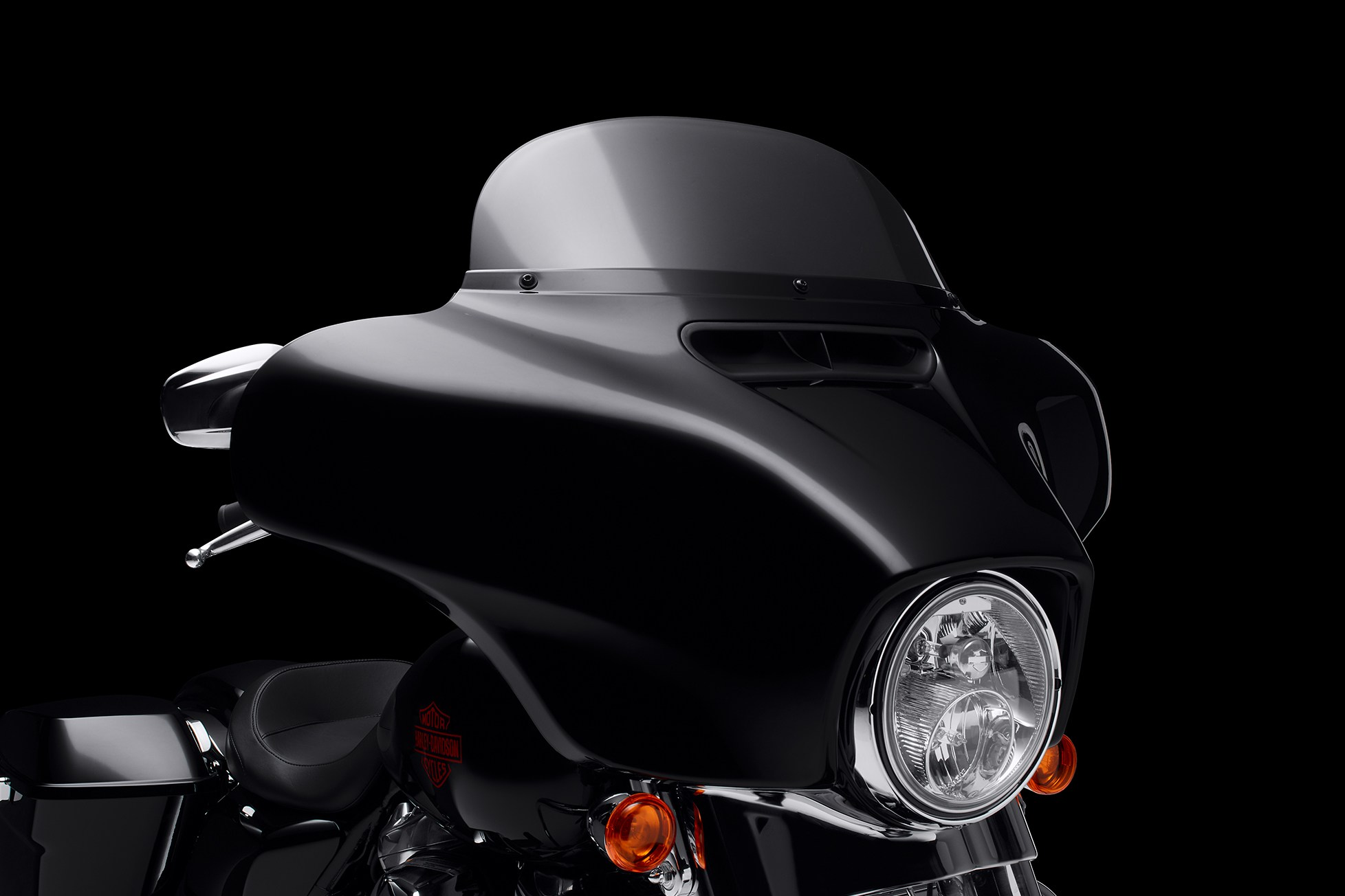 Batwing Fairing & Mid-Height Windshield