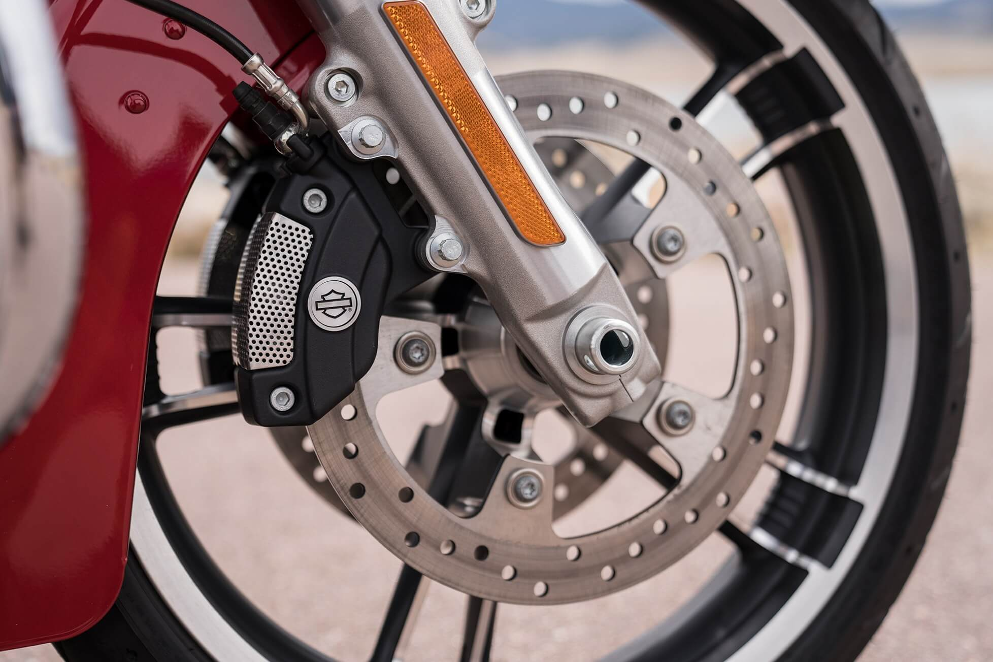 """ Reflex™ Linked Brembo® Brakes With Optional Abs"""