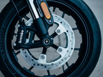 H-D®/MICHELIN® SCORCHER® SPORT TIRES