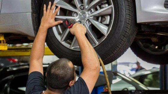 ROTATE TIRES $29.99 Special Increase The Life Of Your Tires