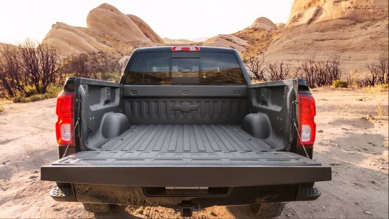 2019 Chevrolet Silverado - Large Bed