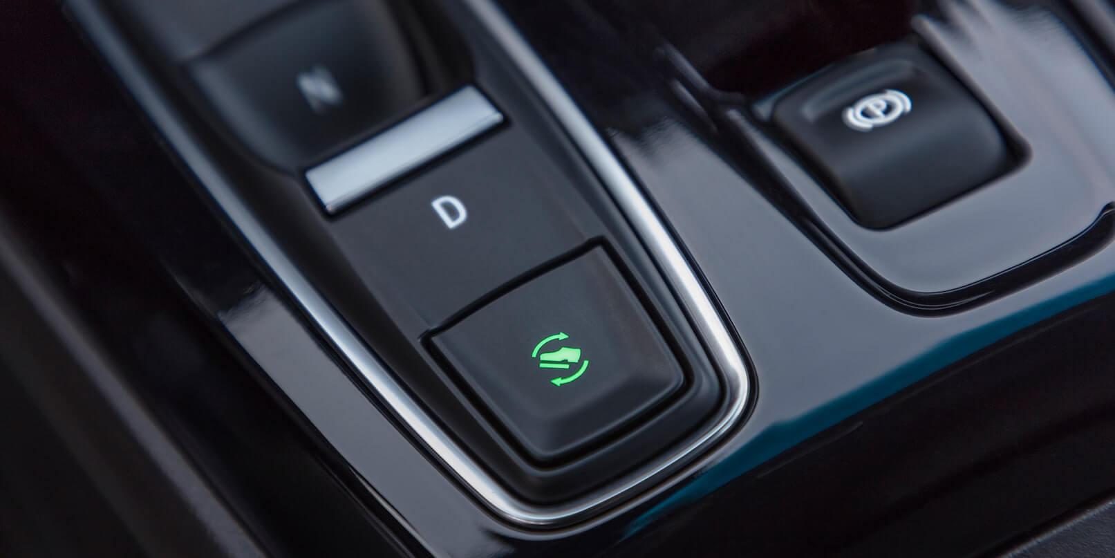 2022 Chevrolet Bolt EV shift stick.