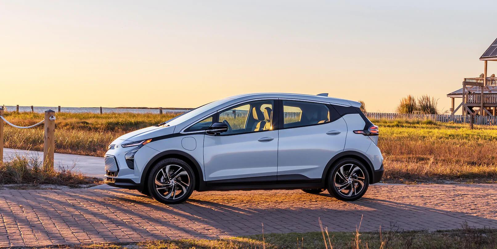 2022 Chevrolet Bolt EV Safety With Smart Reflexes.