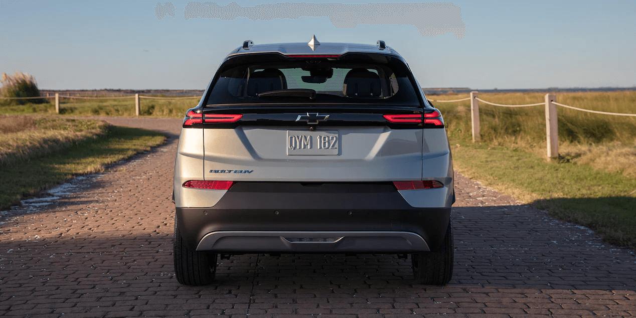 Rear profile view of the 2022 Chevrolet Bolt EUV.