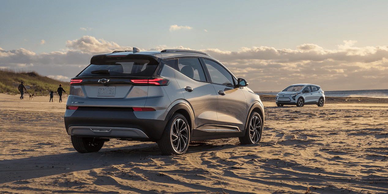 Rear side profile view of the 2022 Chevrolet Bolt EUV.