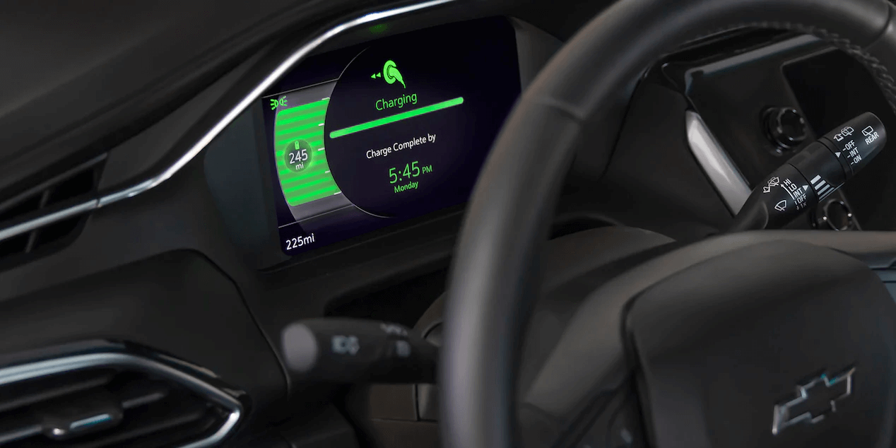 2022 Chevrolet Bolt EUV dashboard view charging notification.