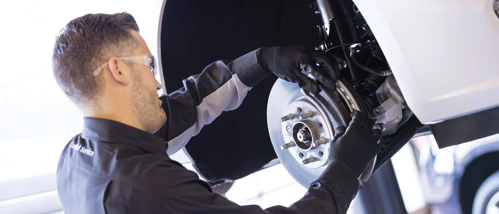 applying brake pads