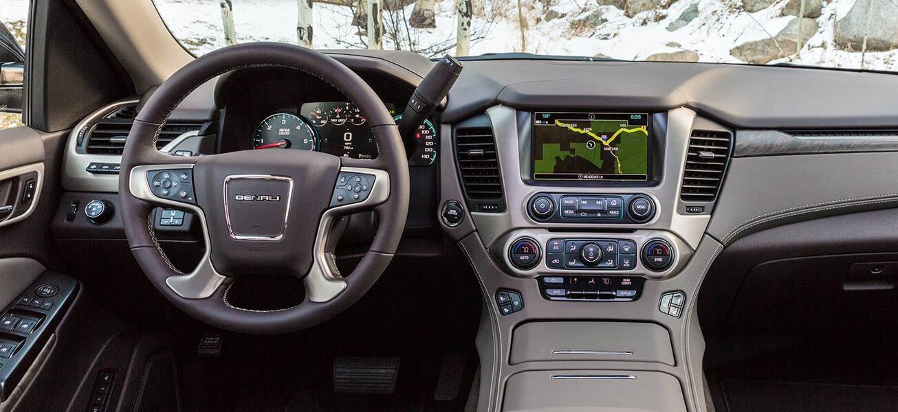 2020 GMC Yukon interior cockpit view