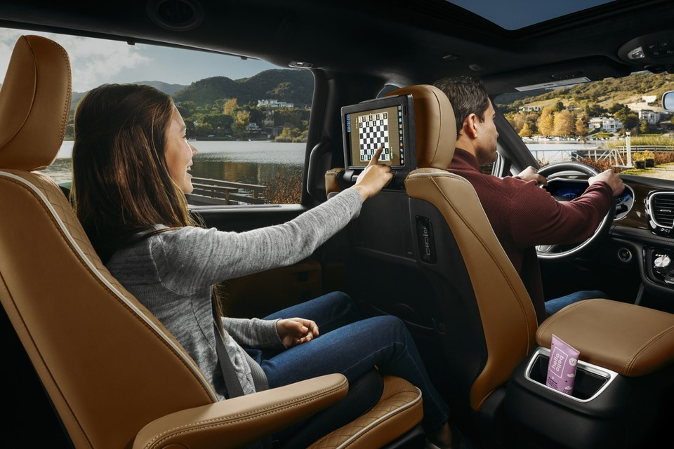 Technology in the Pacifica Hybrid