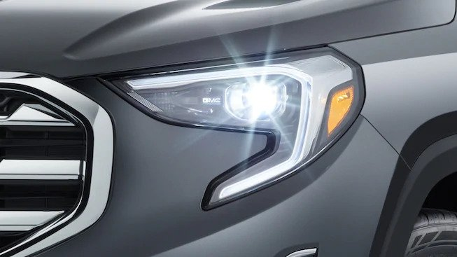 Hid Headlamps with LED Signature C-Shape Lighting