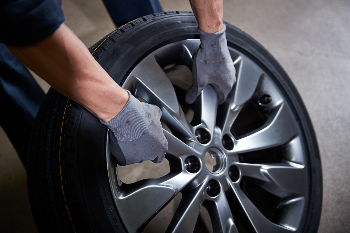 INSTALL AND BALANCE 4 TIRES (on rims)