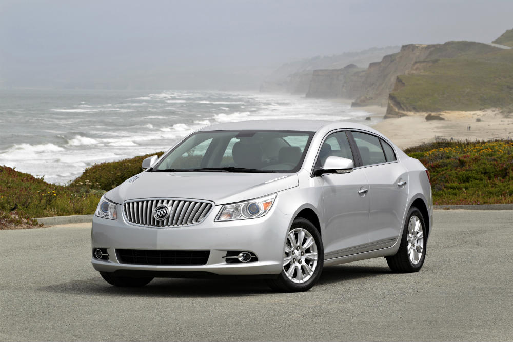 2013 Buick LaCrosse named top dependable vehicle for 2016