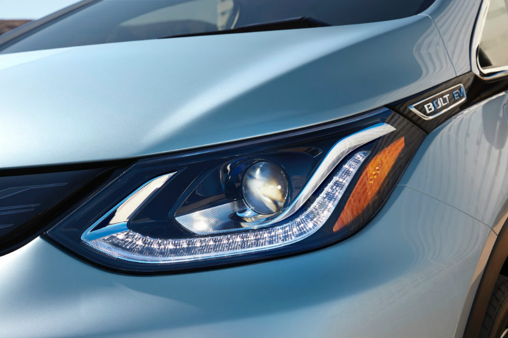 2017 Chevy Bolt EV sweeping headlight