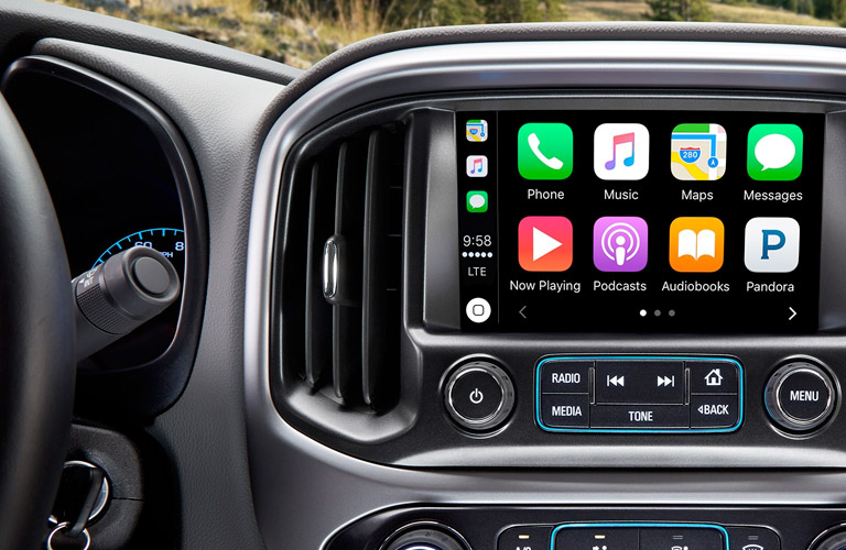 2018 Chevy Colorado ZR2 touchscreen display