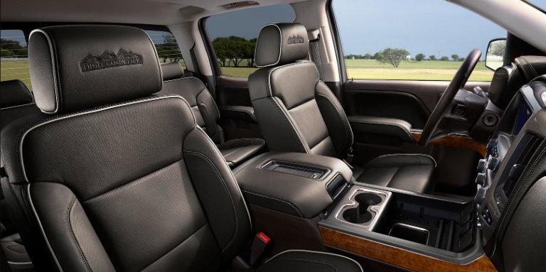 2018 Chevy Silverado 1500 passenger space