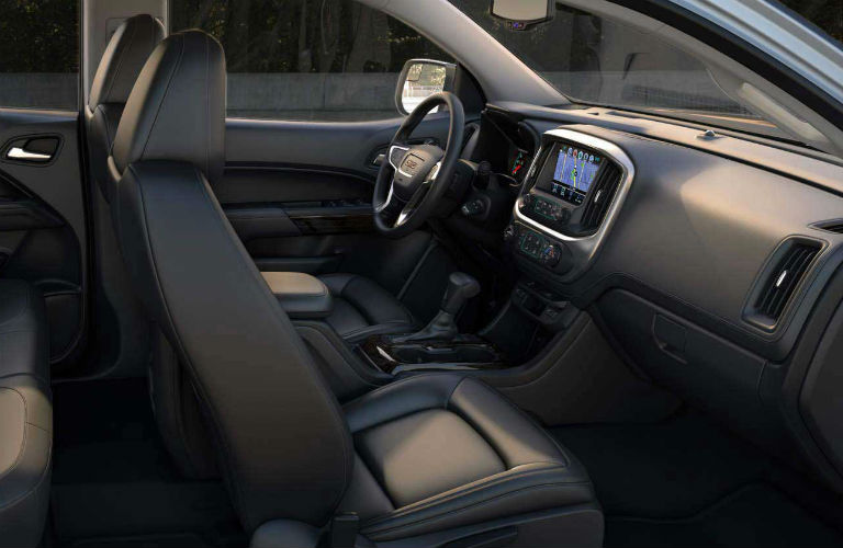 2018 GMC Canyon front seating and dashboard
