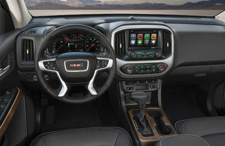 2018 GMC Canyon Denali dashboard