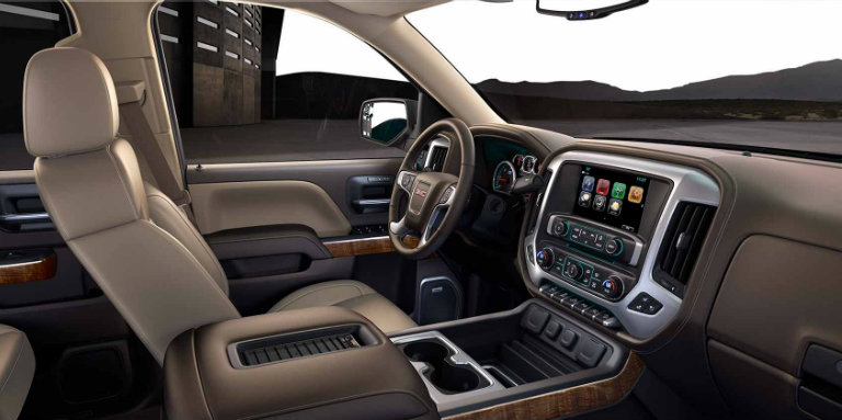 How does the 2018 Chevy Silverado compare to the 2018 GMC ...