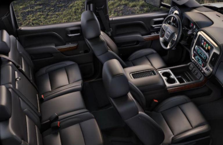 2018 GMC Sierra 2500HD seating
