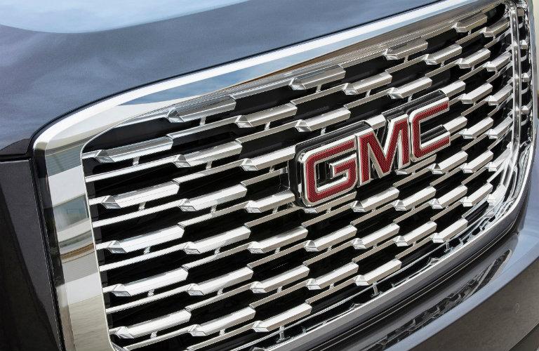 2018 GMC Yukon Denali exterior styling updates