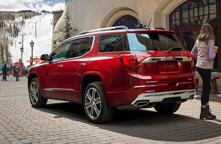 2019 GMC Acadia Winnipeg Rear