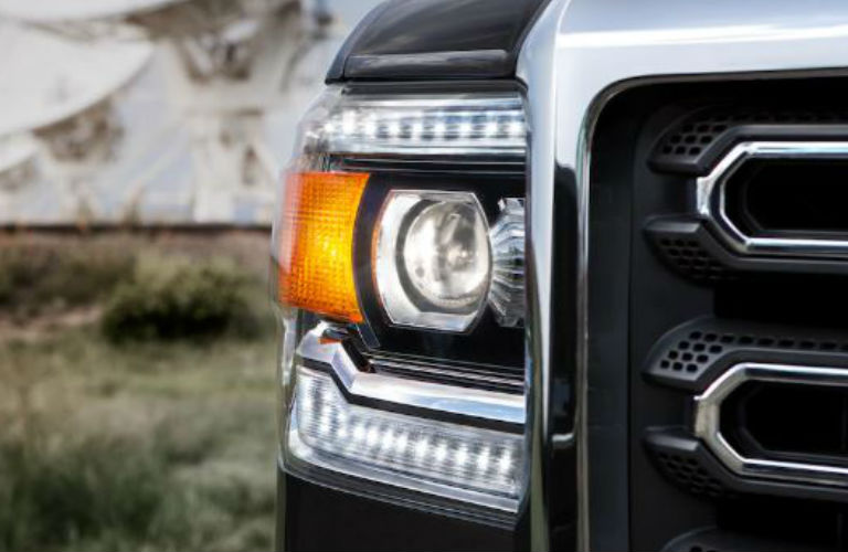 2019 GMC Sierra 2500HD headlight