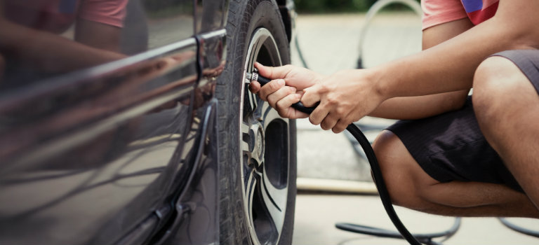 How to check your tire air pressure