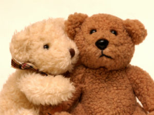 Adorable bears cuddling for Valentine's Day