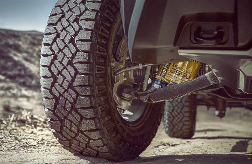 wheel and shocks of the 2017 Chevy Colorado ZR2