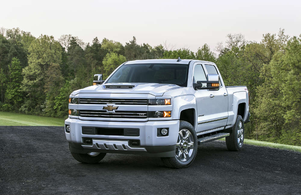 Slightly slanted look at the 2017 Chevy Silverado HD
