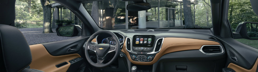 slender interior view of the 2018 Chevy Equinox