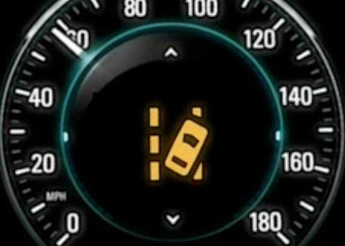 Lane departure warnings and lane keeping assistance on GM vehicles