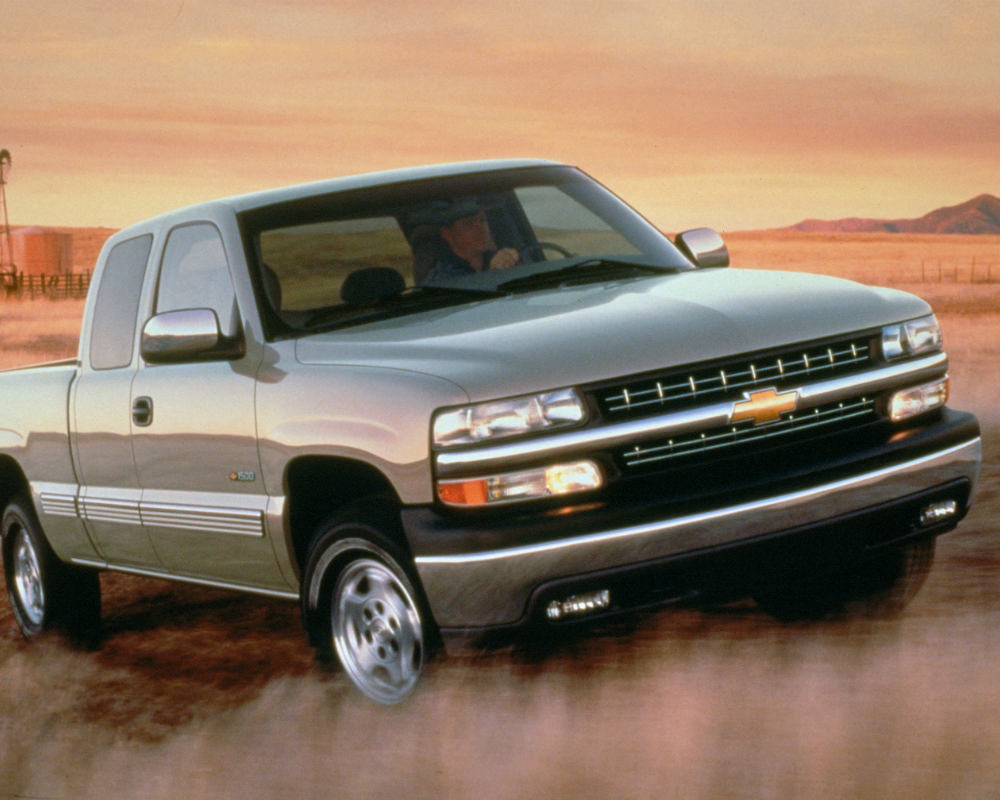 1999 Chevy K1500 4x4 Silverado ancestor of the Silverado we know and love
