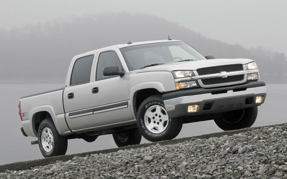 2004 Chevy Silverado driving on rocks
