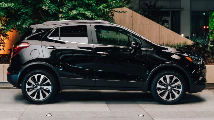 2020 Buick Encore Exterior near Winnipeg, MB