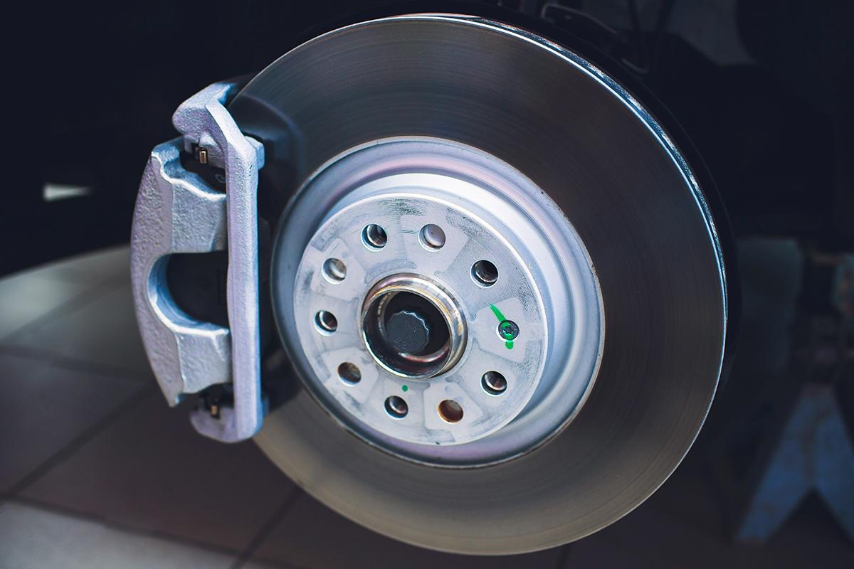 INFINITI Maintenance Advantage Brake Service