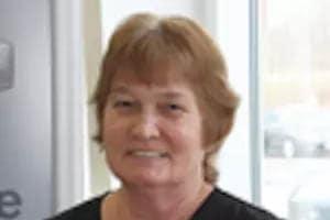 Karen Lauer