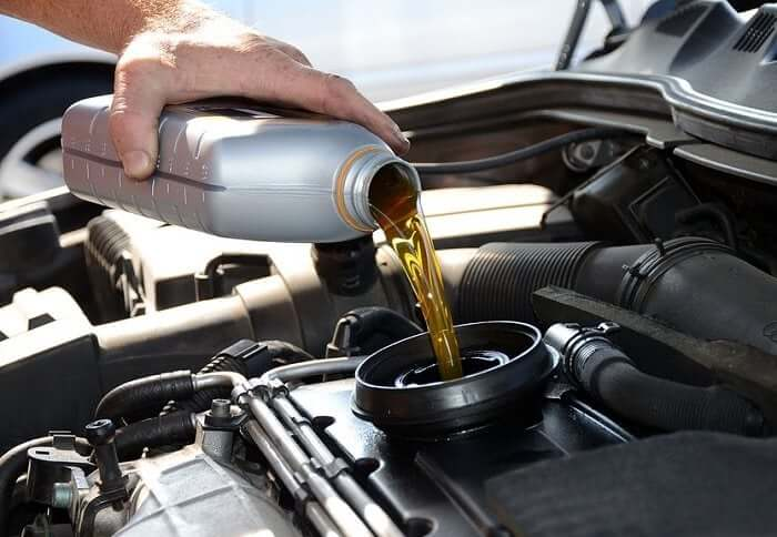 Nissan Full Synthetic Oil and Filter Change
