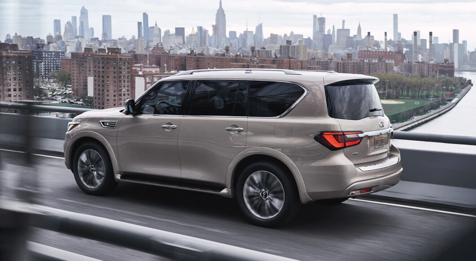 2021 Infiniti Qx80 with All-Mode 4wd