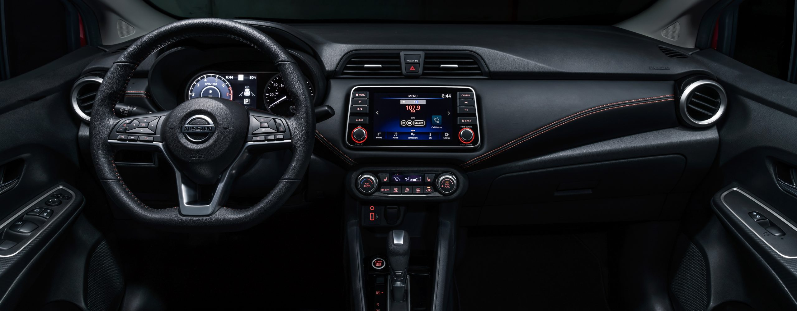 Nissan Versa interior
