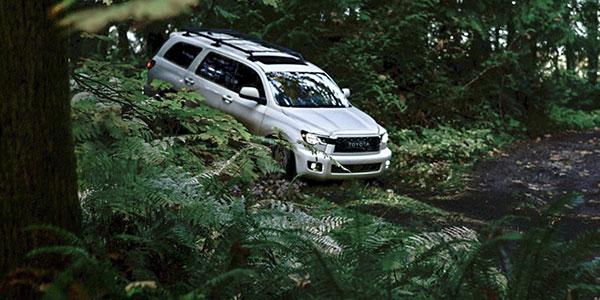 2020 Toyota Sequoia performance