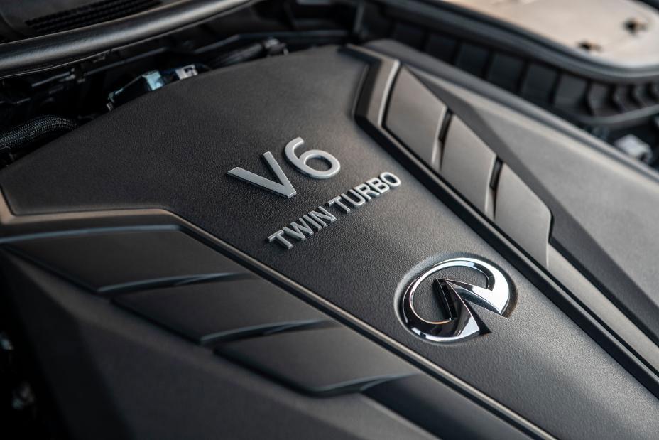 INFINITI Q60 Twin Turbo V6