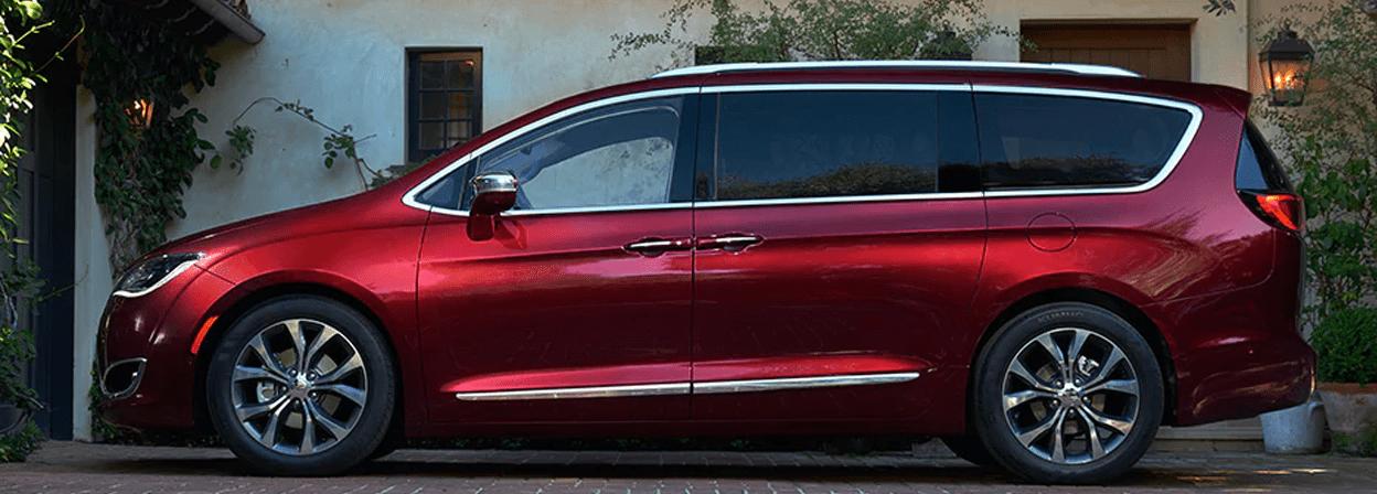 2017 Chrysler Pacifica - Exterior